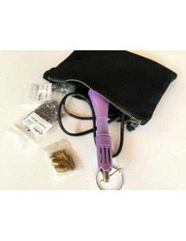 Applicateur de strass, deux sachets de strass DMC et sa pochette tissus